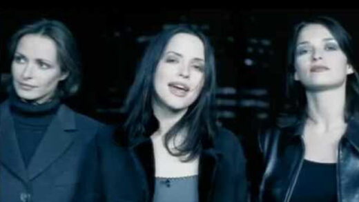 So Young - The Corrs. Videoclip del grupo irlandés