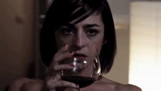 Muñecas 1x01. Webserie LGBT de Inma Olmos y Carlota Sayos