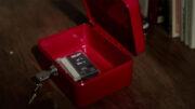 El click la caja roja