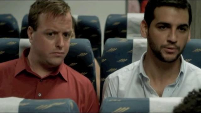 Life Vest Under your Seat (volamos hacia Miami). Cortometraje español