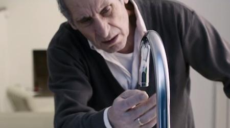 El grifo. Cortometraje español de Denis Rovira van Boekholt con Ana Fernández