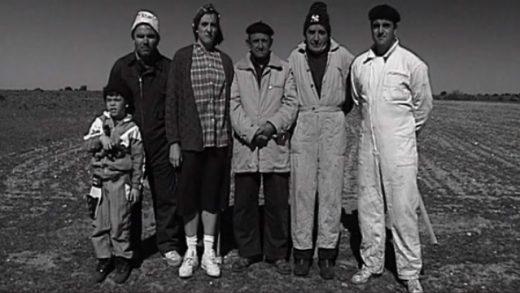 Gente de fuera. Cortometraje español de Marcos y Manuel Borregón