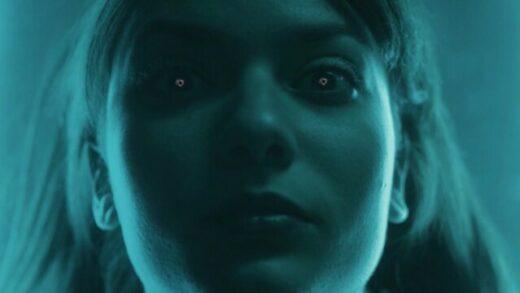 Magneto - Madison Mars. Videoclip dirigido por Joan Paüls