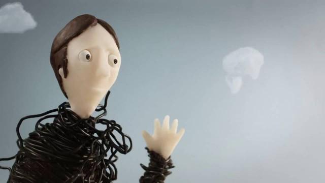 El señor del abrigo interminable. Cortometraje español de animación stop-motion