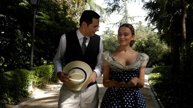 A las once. Cortometraje español escrito y dirigido por Antonia San Juan