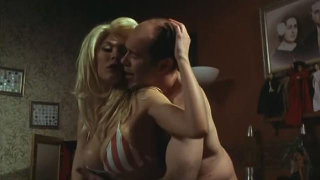 Fascículos. Cortometraje español erótico dirigido por Óscar Pedraza