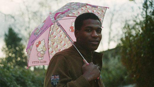 Odio los paraguas. Cortometraje español de Adrián Perea