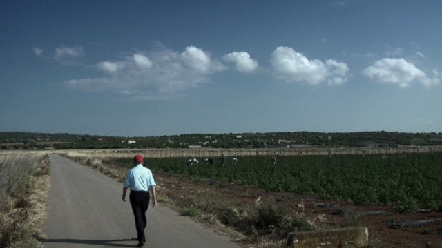 El anónimo caronte. Cortometraje documental español de Toni Bestard