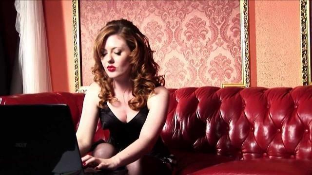 Cyberslave. Cortometraje español erótico interpretado por Venus O'Hara