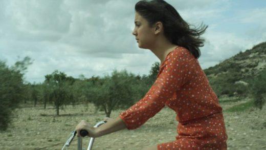 La petite fille. Cortometraje español dirigido por Guillermo Alcala
