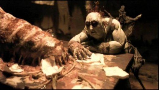 El octavo día, la creación. Cortometraje producido por Guillermo del Toro