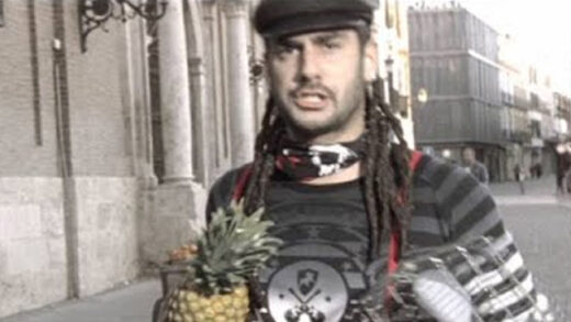 Calle La Pantomima - Melendi. Videoclip del artista musical español