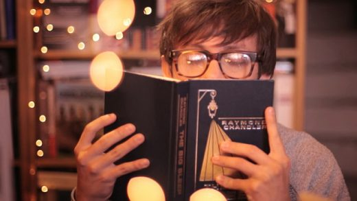 El librero. Cortometraje colombiano de Andrés Beltrán con Darío Acosta