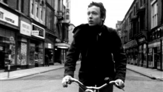 Boy and Bicycle. Cortometraje dirigido por Ridley Scott con Tony Scott