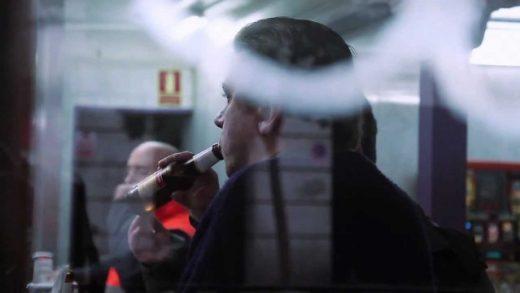 La muerte del bar español y la invasión del plato cuadrado. Documental
