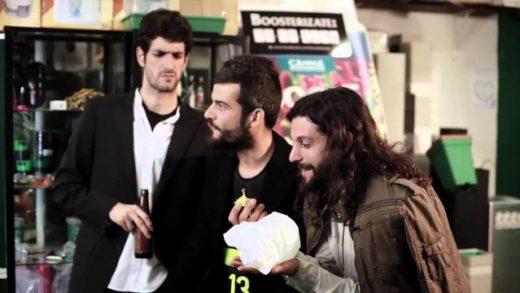 Malviviendo 3x10 - Orgullo banderillero. Webserie española David Sáinz