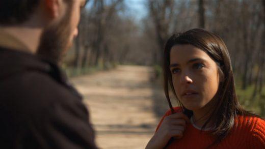 Cariño. Cortometraje dirigido por Miki Esparbé y Ricardo Gómez
