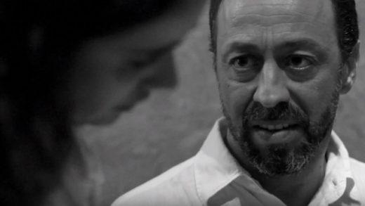 La crítica. Cortometraje español dirigido por José Luis Mora