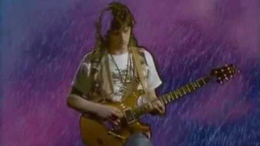 Heaven's Open - Mike Oldfield. Videoclip oficial del artista británico