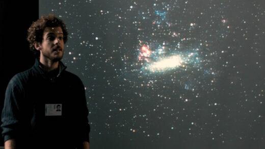El bosón de Higgs. Cortometraje español de Cristina G. Molina