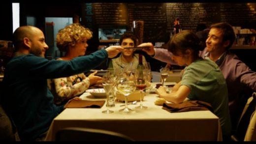 6 x persona. Cortometraje español escrito y dirigido por Juan Carlevaris