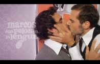 Con pelos en la lengua. Marcos 2×01: Los gays también nos casamos