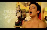 Con pelos en la lengua. Pablo 1×02: Pajas famosas. Webserie española