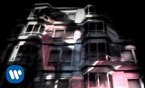 El Hotel Del Amor - Los Secretos. Videclip de la banda musical española