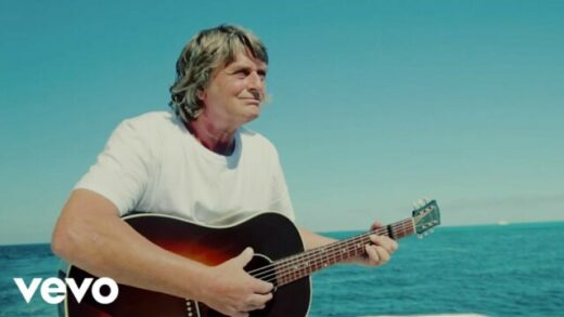 Sailing - Mike Oldfield. Videoclip oficial del artista británico