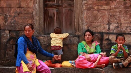Postcards From Nepal. Cortometraje documental Maria Moure Per Rueda
