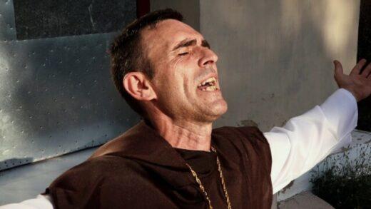El padre Tobias. Cortometraje español de David Bolance