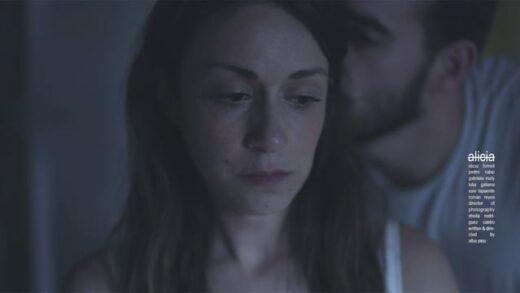 Alicia. Cortometraje y drama español de Alba Pino