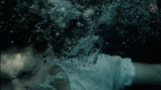 Come swim. Cortometraje y drama de Kristen Stewart