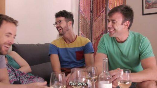 Cinco copas y una mudanza. Cortometraje español de Carlos Prieto