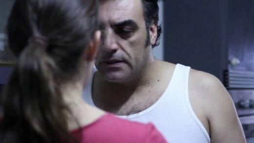 Bajo la piel. Cortometraje y drama español de Alba S. Rosa